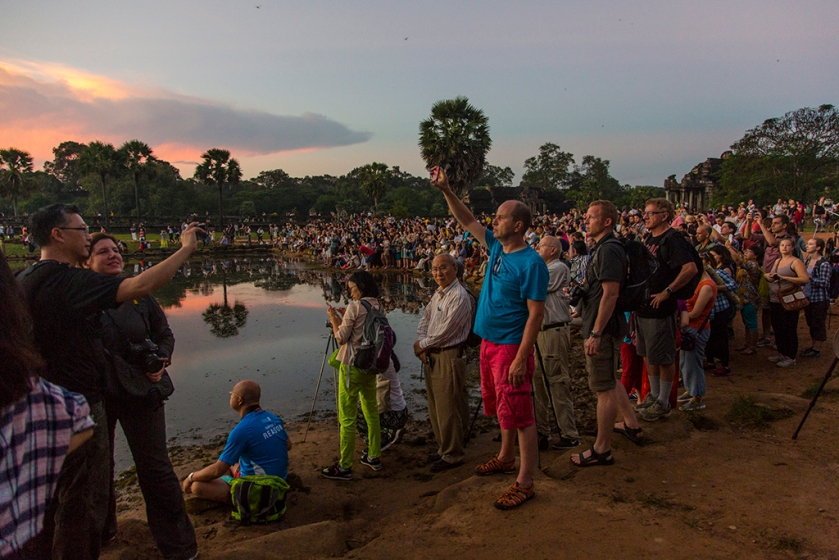 Tourists, sunrise, Angkor Wat, cambodia, crowds.